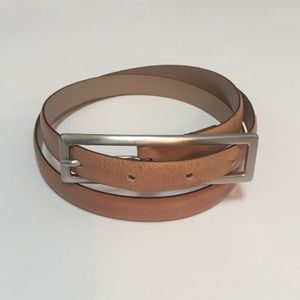Banana Republic Italian leather belt, size small